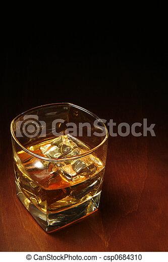 copyspace, whisky - csp0684310