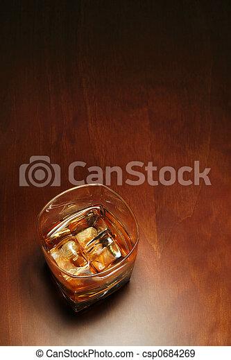 copyspace, whisky - csp0684269