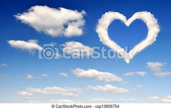 corazón, nubes - csp13606754