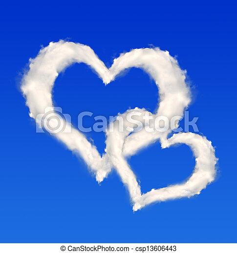 Corazón de nubes - csp13606443