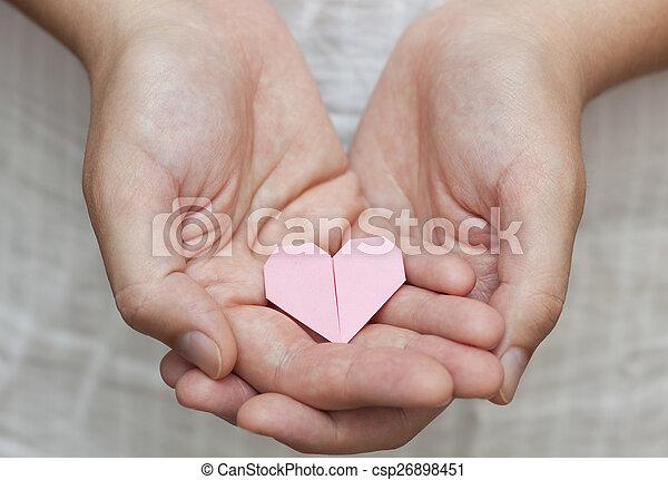 Pinc, corazón, origami, manos humanas imágenes de archivo - Buscar ...