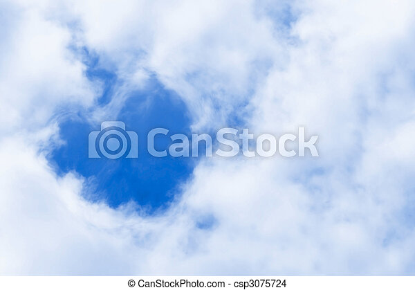 Corazón de nubes símbolo de amor - csp3075724