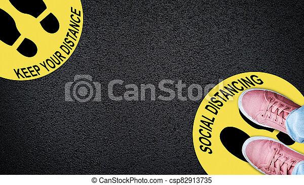 coronavirus, restricciones, covid-19, distancing, concepto, social - csp82913735