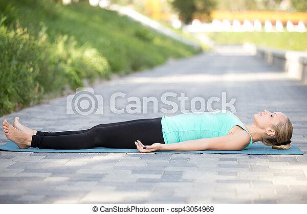 corps mort exercice Été extérieur pose exercice