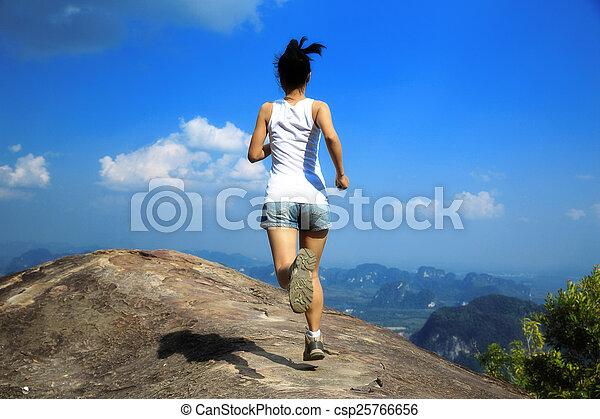 correndo, donna, giovane, asiatico - csp25766656