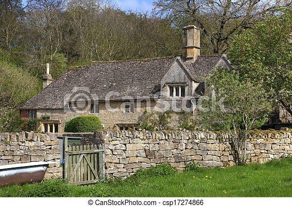 Cotswold a casa, Gloucestershire - csp17274866
