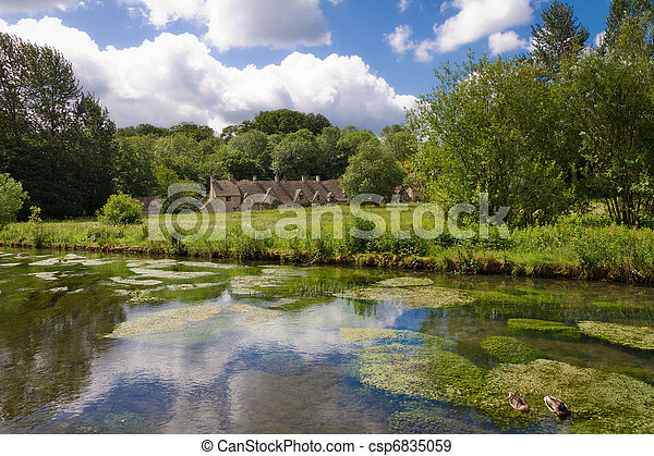 Arlington rema en bibury con Colin, Cotswolds, Gloucestershire, UK - csp6835059