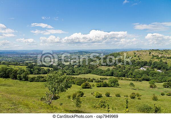 Vista al borde de la cotswold cerca de Gloucester, cotswolds, UK - csp7949969