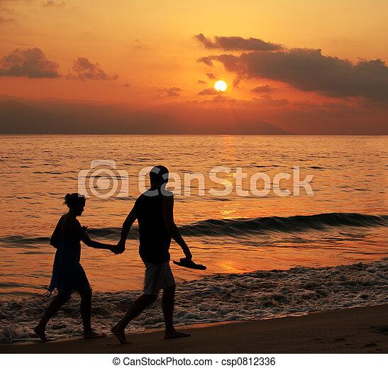 coucher soleil couples - csp0812336