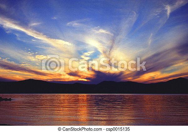 coucher soleil, lac - csp0015135