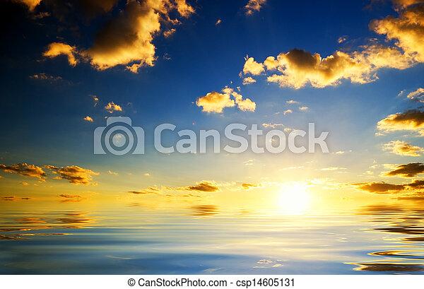 coucher soleil, sea., au-dessus - csp14605131