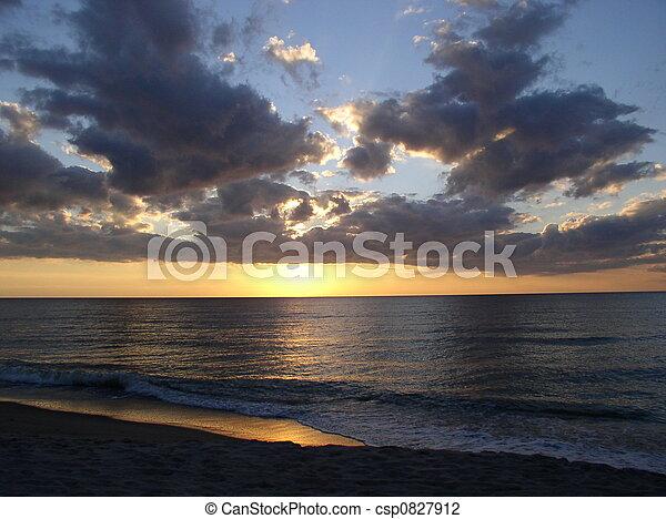 couchers de soleil - csp0827912