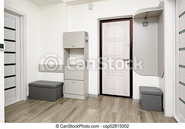 couloir, appartement, porte, placard