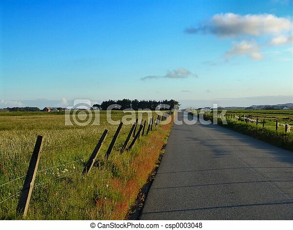 Country Road - csp0003048