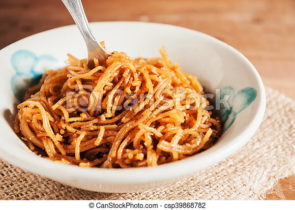 Countryside noodle in a old bowl still life tone - csp39868782