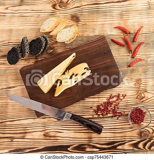 coupé, planche, saucisse, pain, fromage, bois, découpage - csp75443671