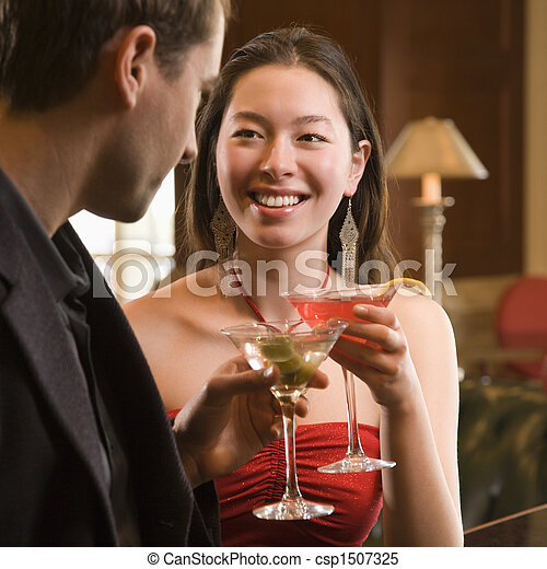 Couple at bar. - csp1507325