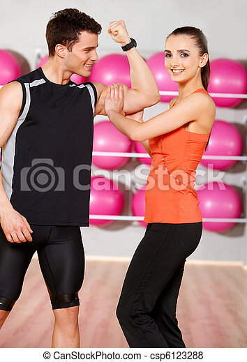 Couple at the gym - csp6123288