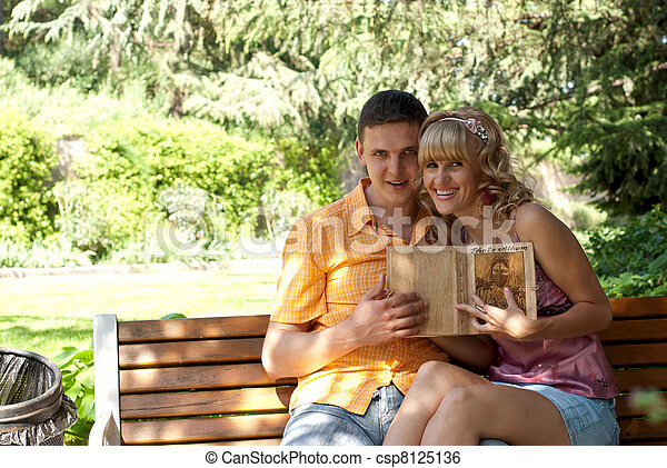 couple, banc, parc, séance - csp8125136