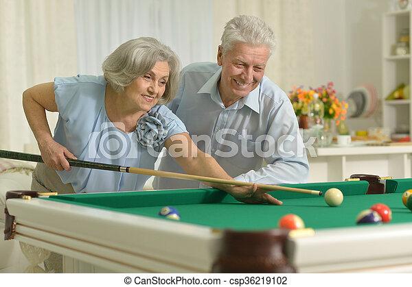 couple, billard, vieux, jouer - csp36219102