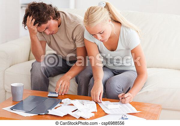 couple, dehors, travailler ensemble, porté - csp6988556
