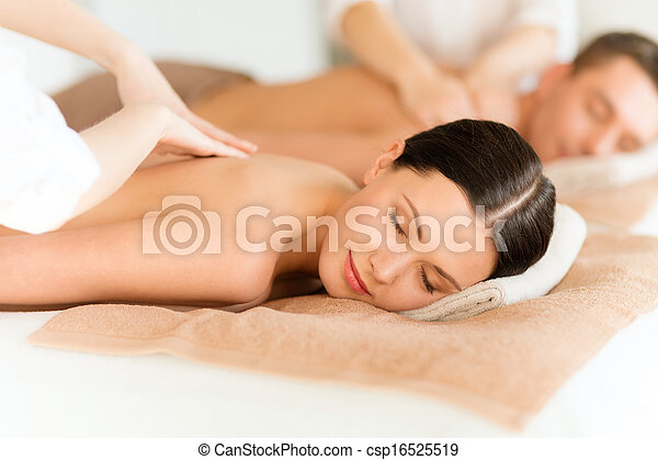 couple in spa - csp16525519