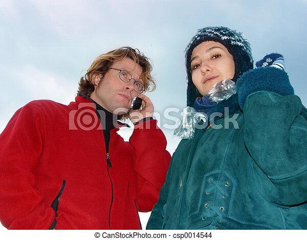 Couple in winter - csp0014544