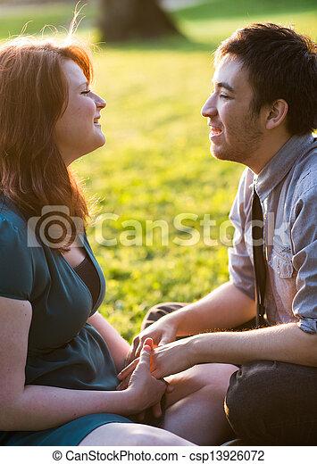 couple, jeune, heureux - csp13926072