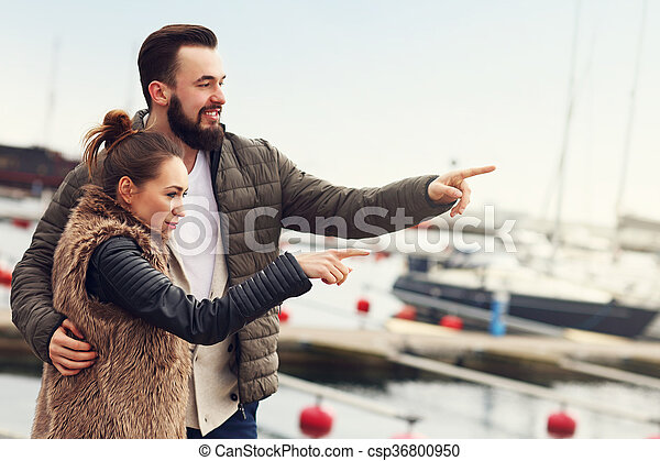 couple, jeune, pointage - csp36800950