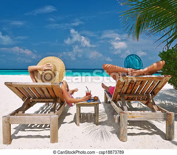 couple, maldives, plage - csp18873789