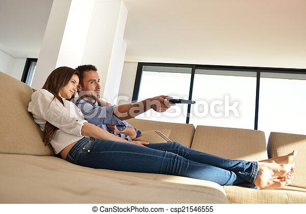 Couple on sofa - csp21546555