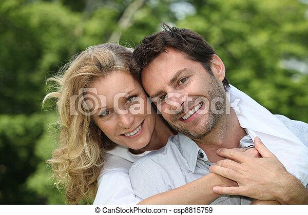 couple, parc - csp8815759