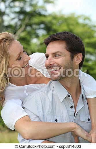 couple, parc - csp8814603