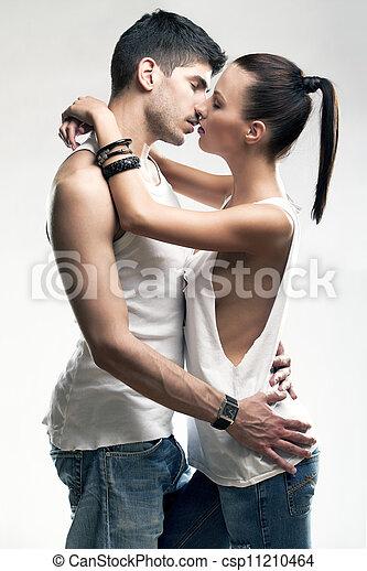couple, passionné, hétérosexuel - csp11210464
