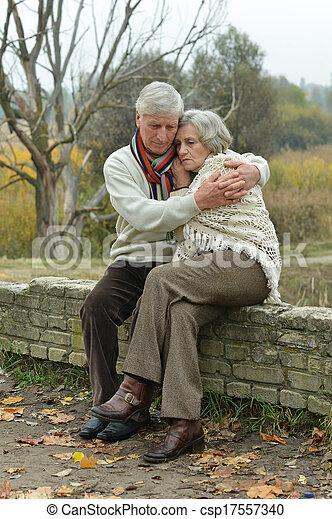 couple, personnes agées, beau - csp17557340