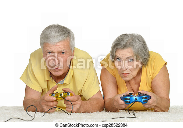 couple plays video game - csp28522384