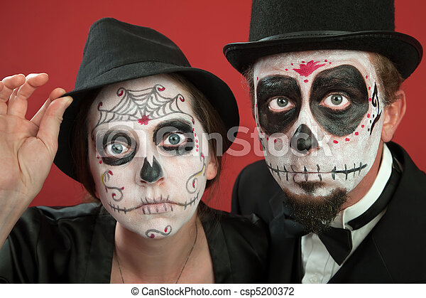 Couples With All Souls Day Make Up Couples On Day Of The Dead Makeup - How-to-do-day-of-the-dead-makeup