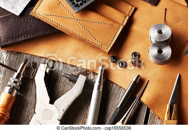 couro, crafting, ferramentas - csp16556536