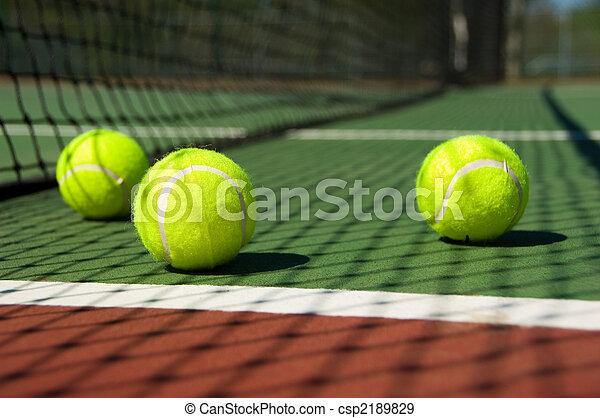 court tennis, balles - csp2189829