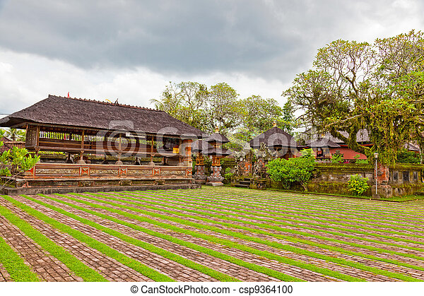 Courtyard of a Buddhist temple to Bali - csp9364100