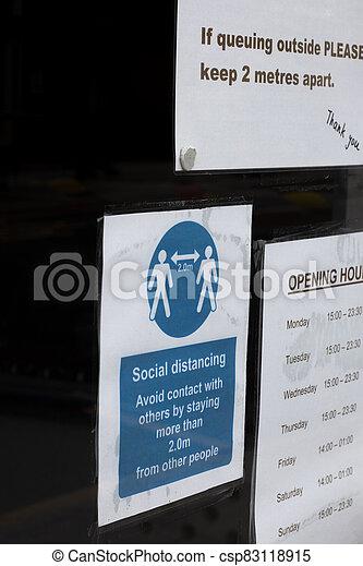 covid, social, distancing, tienda, 19, señal - csp83118915