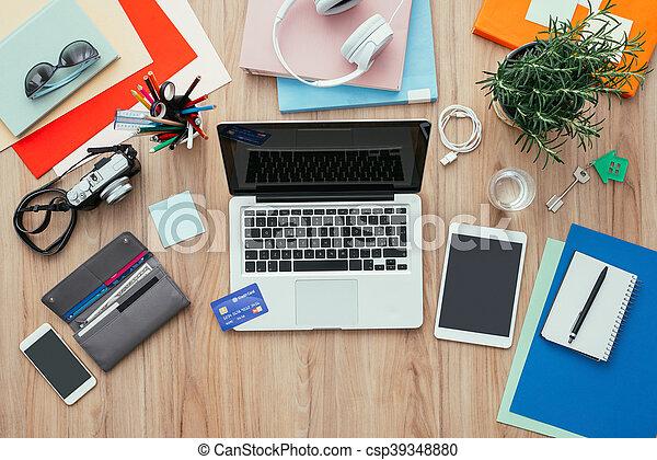 Crédit, carte affaires, bureau. Concept, achats, business, tablette, crédit, numérique ...