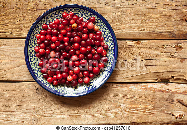 Cranberries on a plate - csp41257016