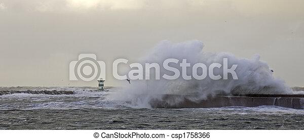 Crashing Wave - csp1758366