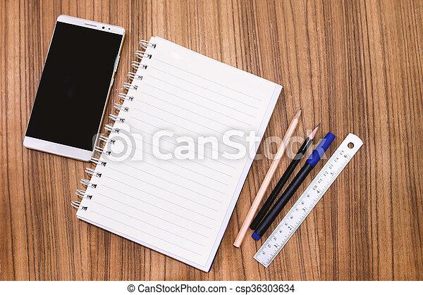 Connu Photos de stock de crayon, concept, bois, vide, idée, ici, ton  IO73