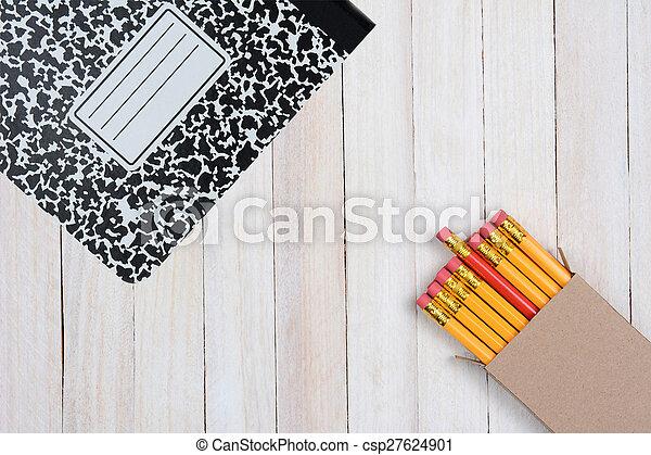 crayons, courtiser, livre, composition - csp27624901