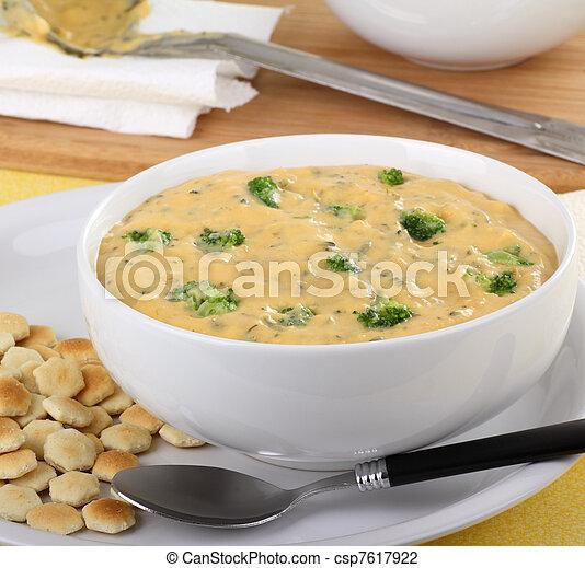 Creamy Broccoli Chedar Soup - csp7617922