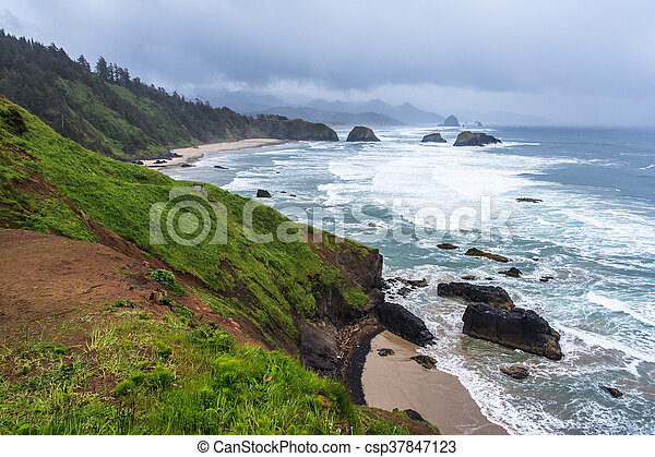Crescent Beach at Ecola State Park near Cannon Beach, Oregon,  USA - csp37847123