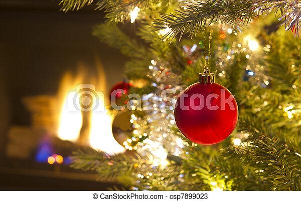 crescente, ornamento, natale, rosso - csp7899023