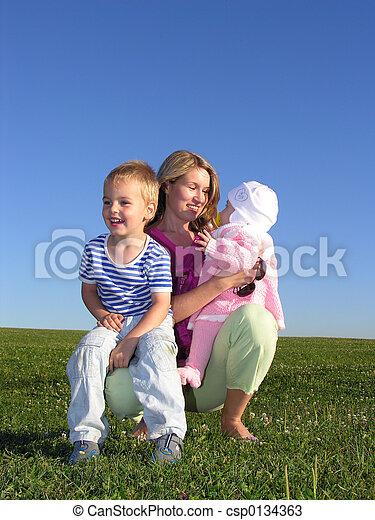 crianças, mãe - csp0134363